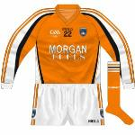 2009: Long sleeves, new GAA logo.