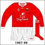 Very rare long-sleeved jersey, used mainly in the McGrath Cup pre-season competition.