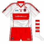 2010: As the 2009 shirt, but with the plain GAA logo.