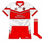 2002: The name of Sperrin Galvanisers replaced that of Sperrin Metal on the front of the shirts.