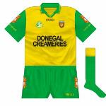 1998: The more common design returned for the championship, albeit in altered format, as the white piping disappeared and 'Dún na nGall' was added on the sleeves.