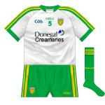 2014-: On their return, O'Neills opted to retain the recent tradition of making the change shirt a white version of the usual outfit. Worn by the hurlers against Roscommon and footballers against Antrim.