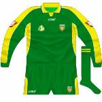 2003: First goalkeeper jersey produced by Azzurri. oddly unsponsored.