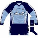 2007: Long-sleeved format, first seen during the league and O'Byrne Cup in early 2007.