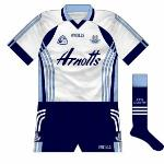 2007: As with the outfield kit, the Dubs goalkeepers changed shorts in 2007. To add to the confusion, the white stripes on the replica pairs sold by O'Neills had no curves.