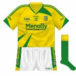 2009: As usual, the change jersey mirrored the regular kit. Meath wore this in their final three championship games of 2009, against Limerick, Mayo and Kerry.