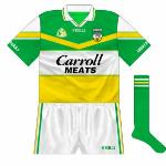 2002: A new design for Offaly for the first time in eight years, notable for a gold bar travelling across the jersey.