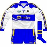 2009: The white goalkeeper's shirt was now paired with a new pair of blue shorts which featured the same trimmings as the white ones. Change to GAA logo too.