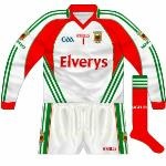2009-10: Presumably delivered with the long-sleeved green set, this shirt didn't have the GAA 125 logo either.